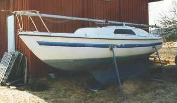 Motorfester båt